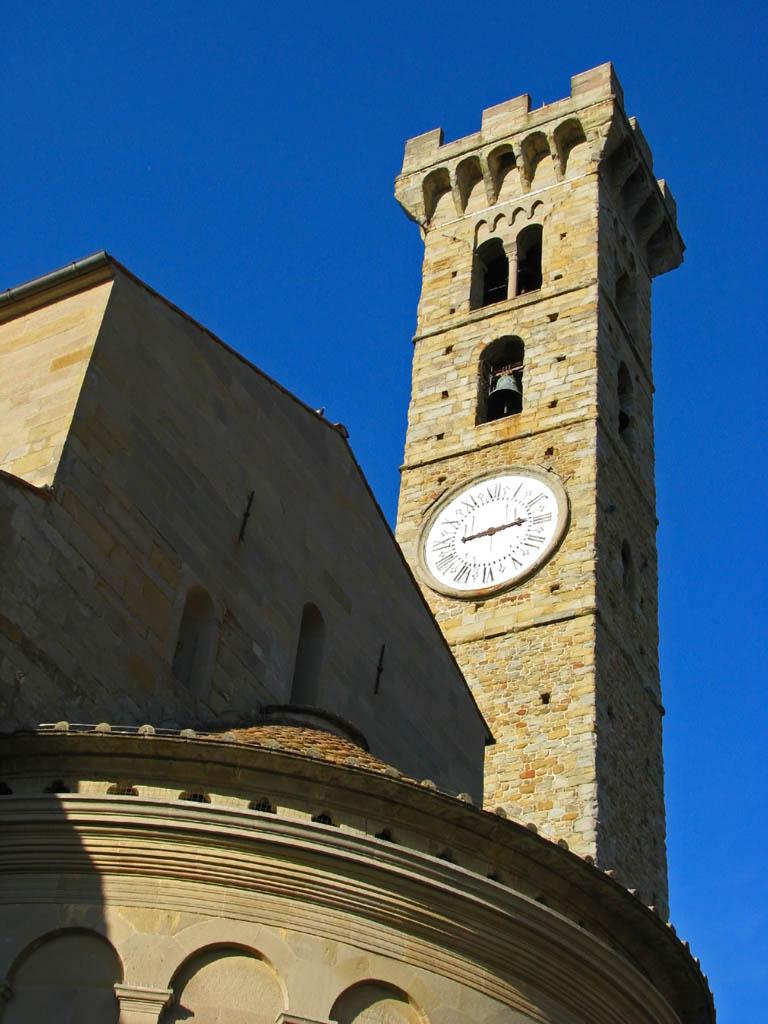 Campanile antico della basilica - San Gimignano - Visit Italy