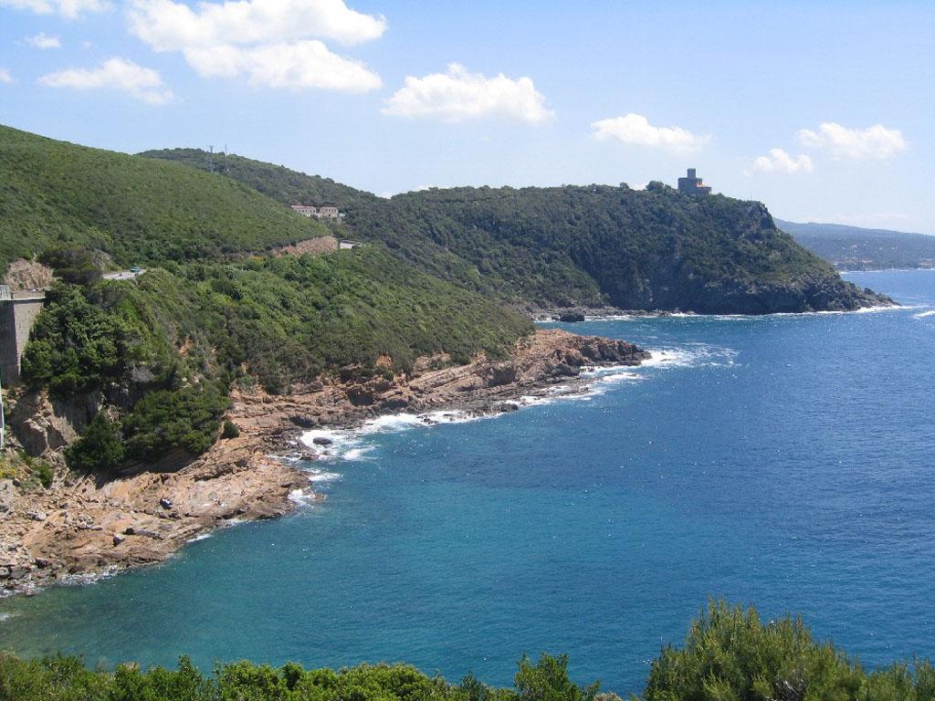 Viaggio lungo la costa livornese -  - Visit Italy