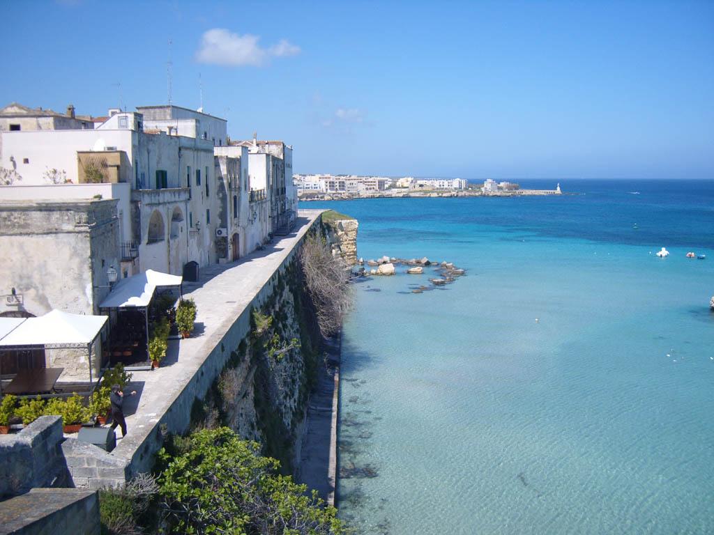Otranto visto dal bastione dei Pelasgi -  - Visit Italy