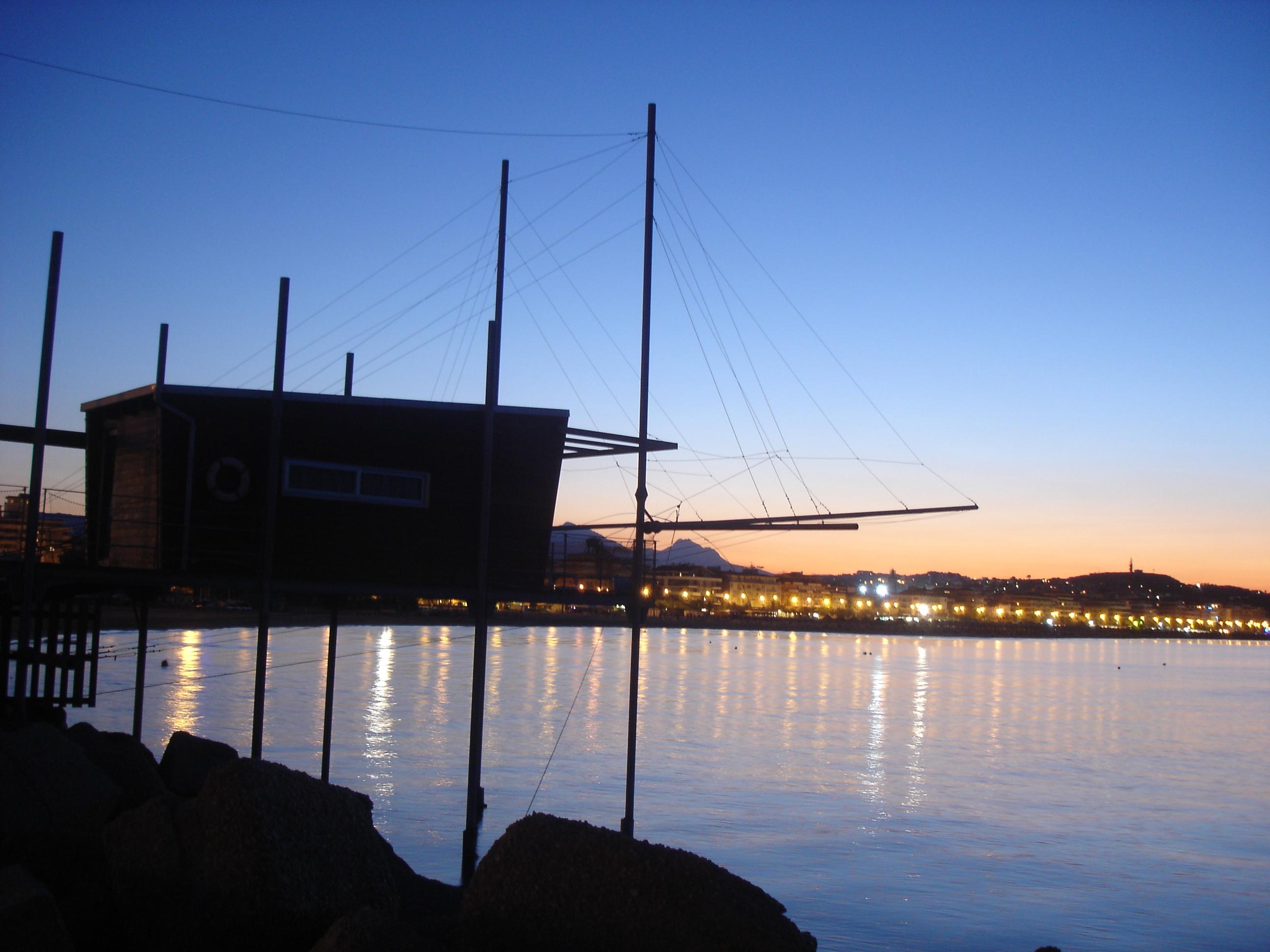 The City at sunset - Pescara - Visit Italy