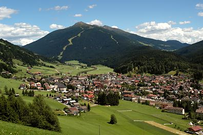 Holidays in Brunico – Travel Info, Weather & Webcams