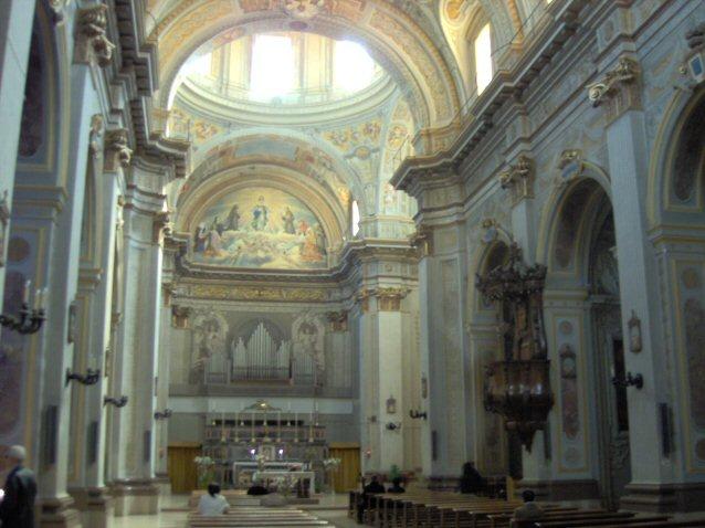 Interno della Chiesa di San Francesco