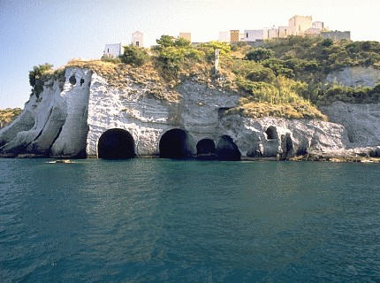 - Ponza - Visit Italy