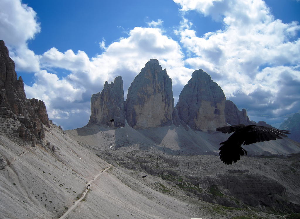 Le Tre Cime viste dal Rifugio Locatelli -  - Visit Italy