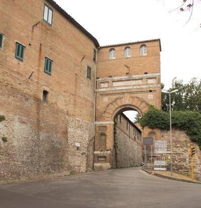 Porta San Girolamo