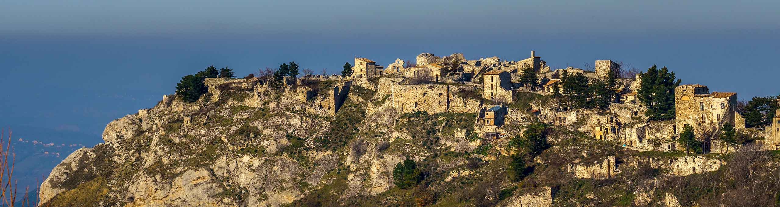 Gessopalena, Parco Nazionale della Majella, il vecchio paese abbandonato