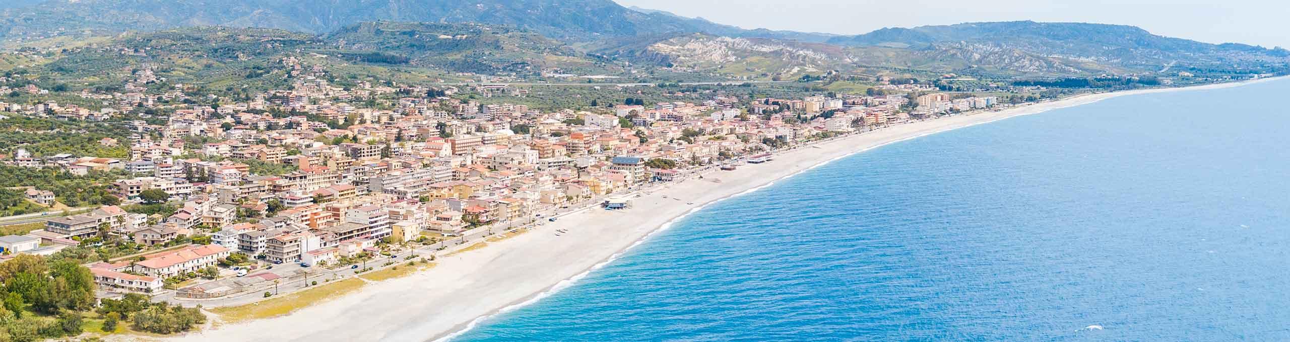 Marina di Gioiosa, Riviera dei Gelsomini