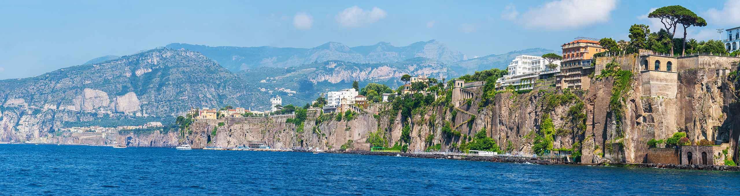 Panorama-su Sant'Agnello, Golfo di Montechiaro, Sorrento