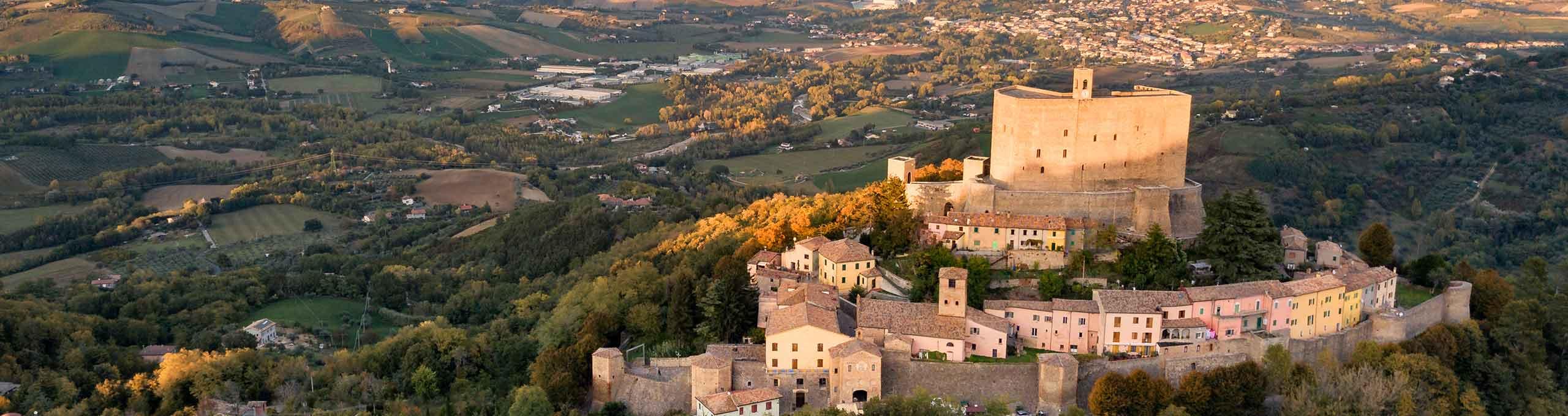 Montefiore Conca, Rivera Romagnola, borgo medievale
