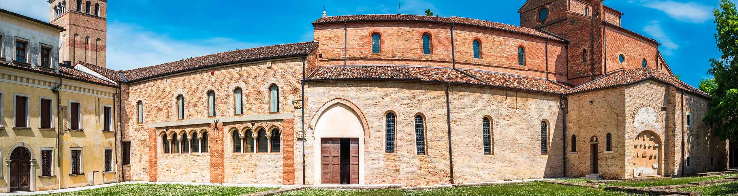 Sesto al Reghena, Pordenone e dintorni, abbazia