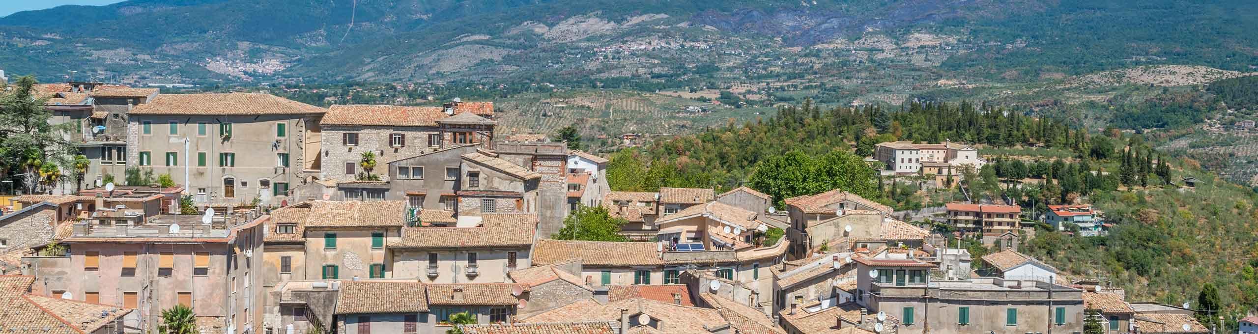 Vista sul borgo nedievale di Alatri