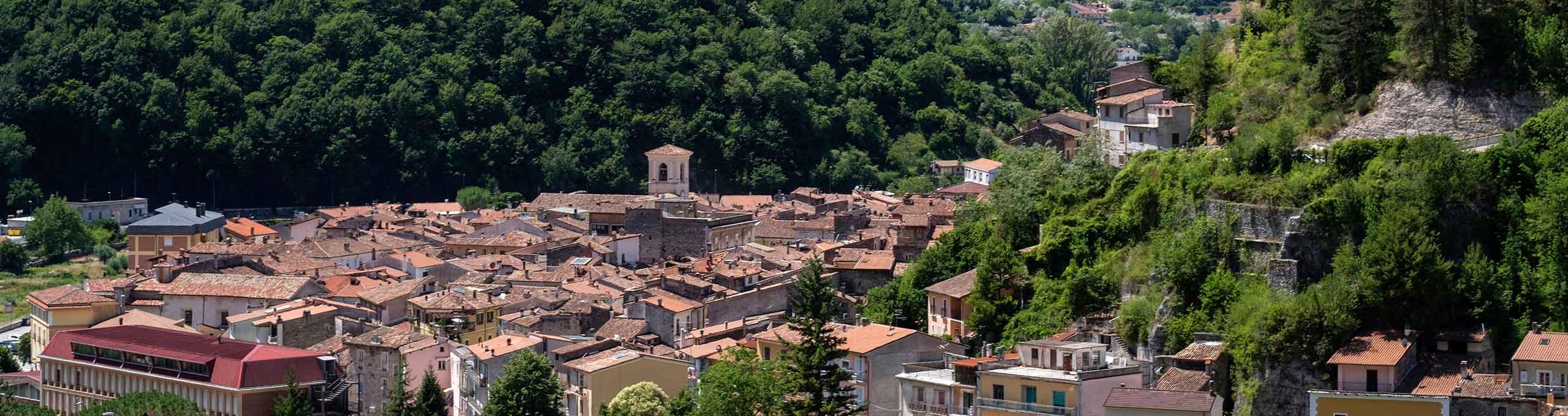Vista sul borgo di Antrodoco, alle pendici del Monte Terminillo