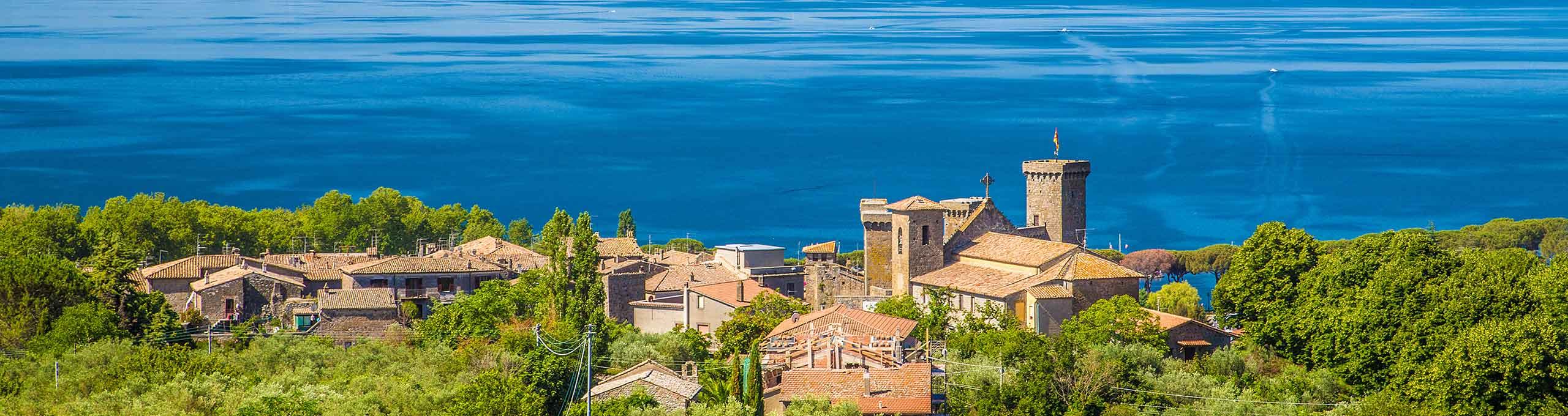 Bolsena, vista sull'omonimo lago