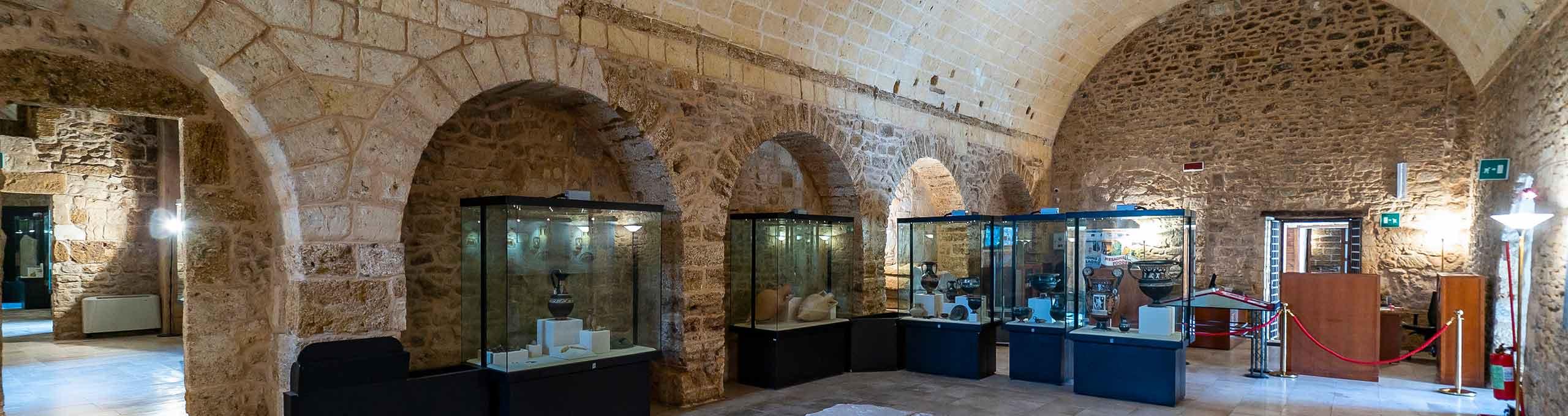 Mesagne, Salento, interni del Castello Normanno Svevo