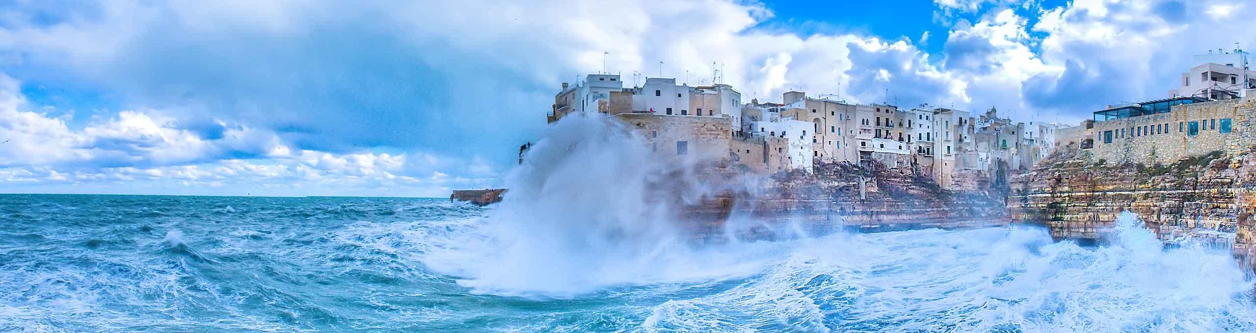 Polignano a Mare, Bari e la Costa