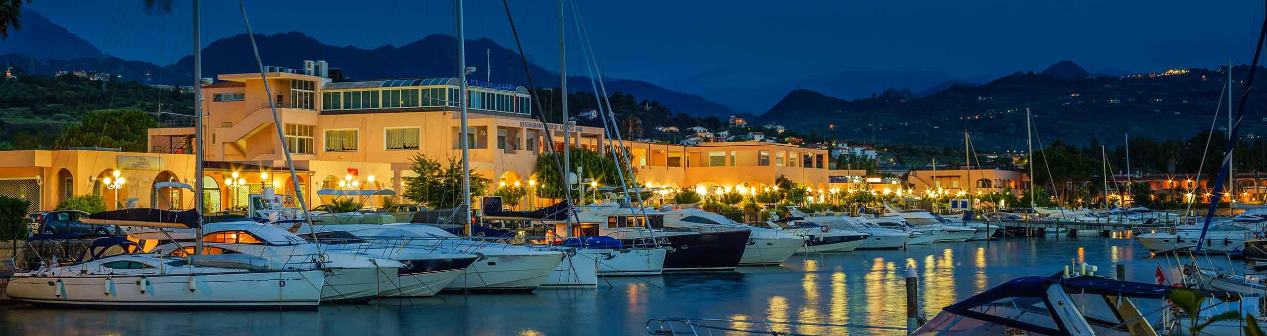 Portorosa, Isole Eolie, porto turistico