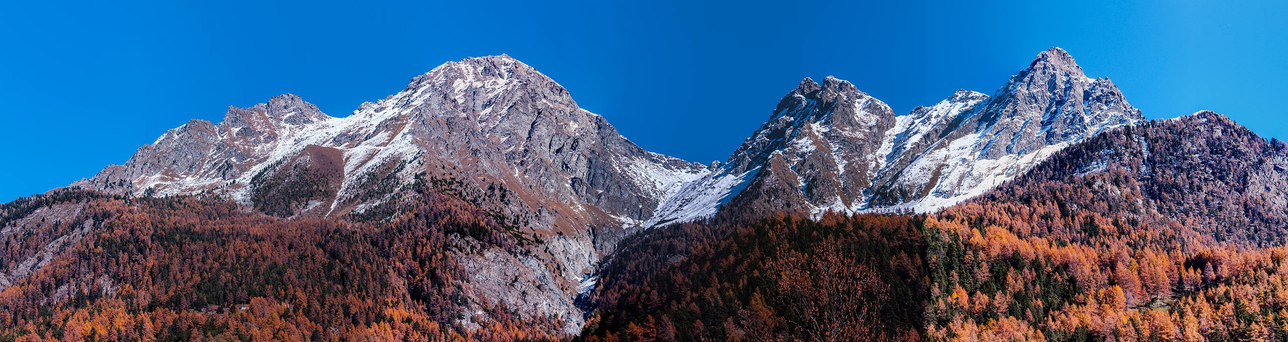 Sulla sinistra la Val d'Ayas